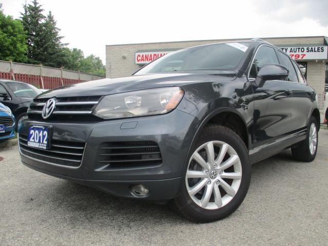 2012 Volkswagen Touareg Highline-TDI-AWD-NAVI-PANO-ROOF-BLUETOOTH-HEATED