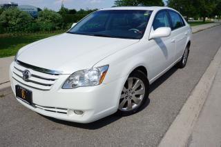Used 2005 Toyota Avalon XLS - STUNNING / LOCALLY OWNED / CLEAN HISTORY for sale in Etobicoke, ON