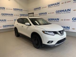 Used 2016 Nissan Rogue SV- TOIT PANORAMIQUE-  BANCS CHAUFFANTS for sale in St-Raymond, QC