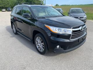 Used 2016 Toyota Highlander XLE for sale in Waterloo, ON