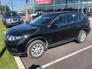 Used 2017 Nissan Rogue S, AWD, A/C, CAM RECUL, 1.9% for sale in Lévis, QC