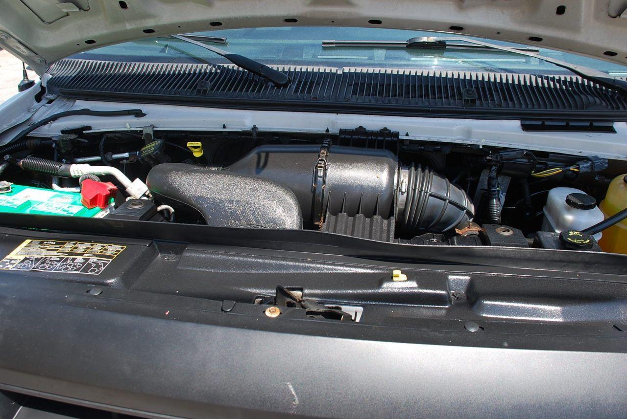 2010 Ford E-150