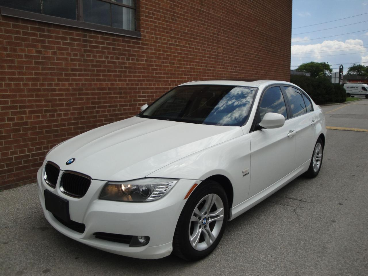 Used 2011 BMW 3 Series 328I /X DRIVE/SUNROOF/LEATHER