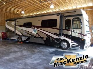 Used 2018 Fleetwood Discovery 39F for sale in Renfrew, ON