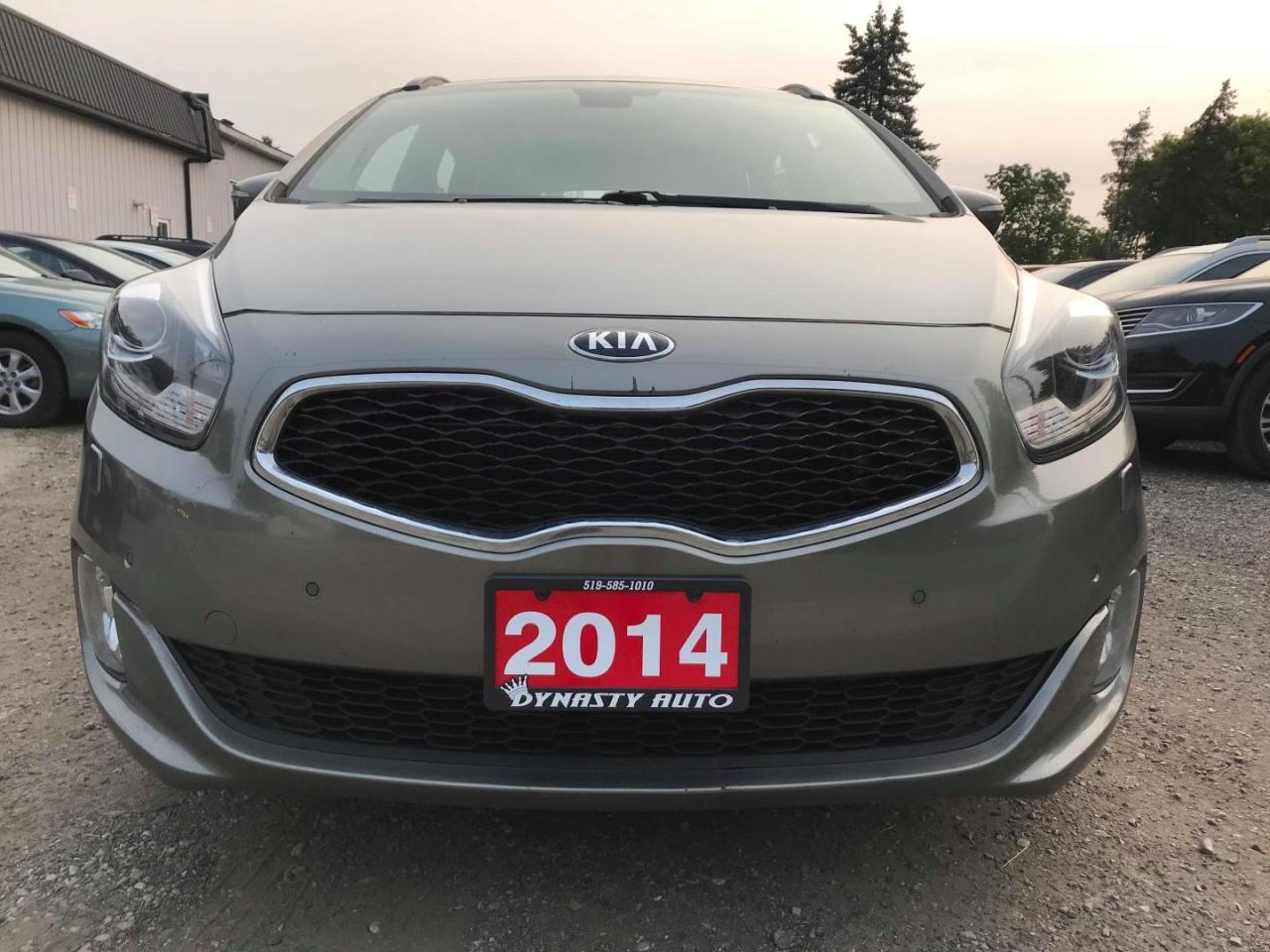 2014 Kia Rondo