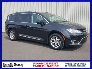 Used 2018 Chrysler Pacifica Touring-L Plus-Toit for sale in Cowansville, QC
