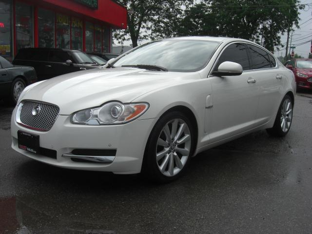 2010 Jaguar XF Premium Luxury V8