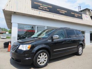 2010 Chrysler Town & Country SUNROOF,DVD,BACK UP CAMERA,POWER DOORS