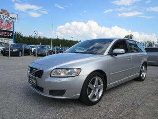 Used 2011 Volvo V50 T5 / ACCIDENT FREE for sale in Newmarket, ON