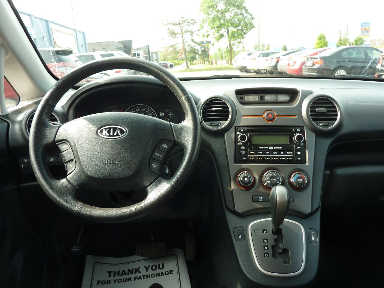 2009 Kia Rondo