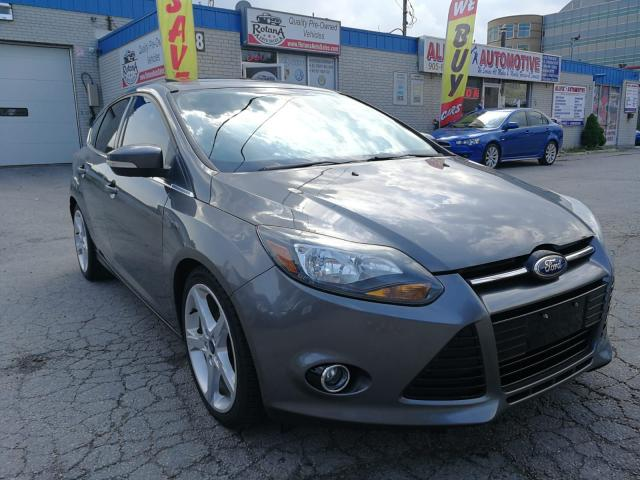 2012 Ford Focus Titanium/Navi/Bluetooth/Sunroof/Leather