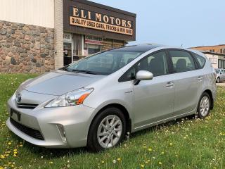 Used 2012 Toyota Prius v Hybrid | Navigation | Backup Cam | Bluetooth | for sale in North York, ON