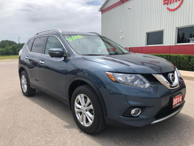 2014 Nissan Rogue SV Family Tech