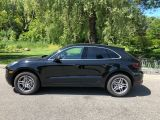 Photo of Black 2017 Porsche Macan