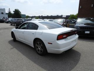 Used 2014 Dodge Charger SXT for sale in Concord, ON