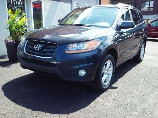 Used 2010 Hyundai Santa Fe GL 4x4 automatique inspecté garantie 1 a for sale in St-Charles-Borromée, QC