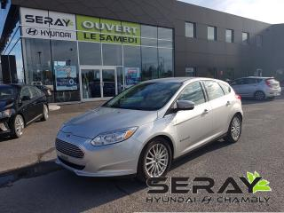Used 2018 Ford Focus Base, mags, a/c, bluetooth, camera de recul, for sale in Chambly, QC