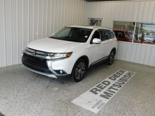 Used 2018 Mitsubishi Outlander for sale in Red Deer, AB