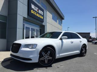 Used 2015 Chrysler 300 2015 Chrysler - 4dr for sale in St-Georges, QC