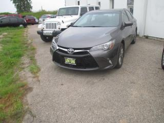 Used 2015 Toyota Camry SE for sale in Waterloo, ON