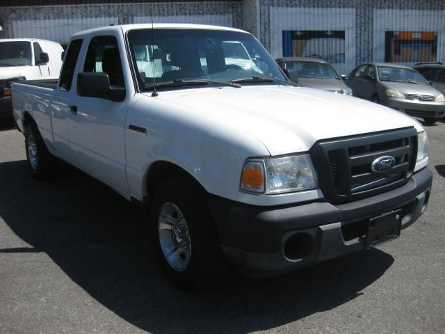 2011 Ford Ranger XL Supercab 2.3L 4cyl Auto RWD AC 3pass