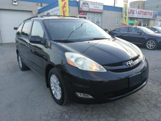 Used 2010 Toyota Sienna LE for sale in Oakville, ON
