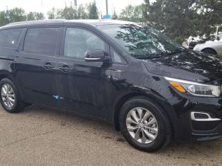 Used 2020 Kia Sedona LX+; 8PASS, BLUETOOTH, BACKUP CAM, HEATED SEATS, WIRELESS CHARGER AND MORE for sale in Edmonton, AB