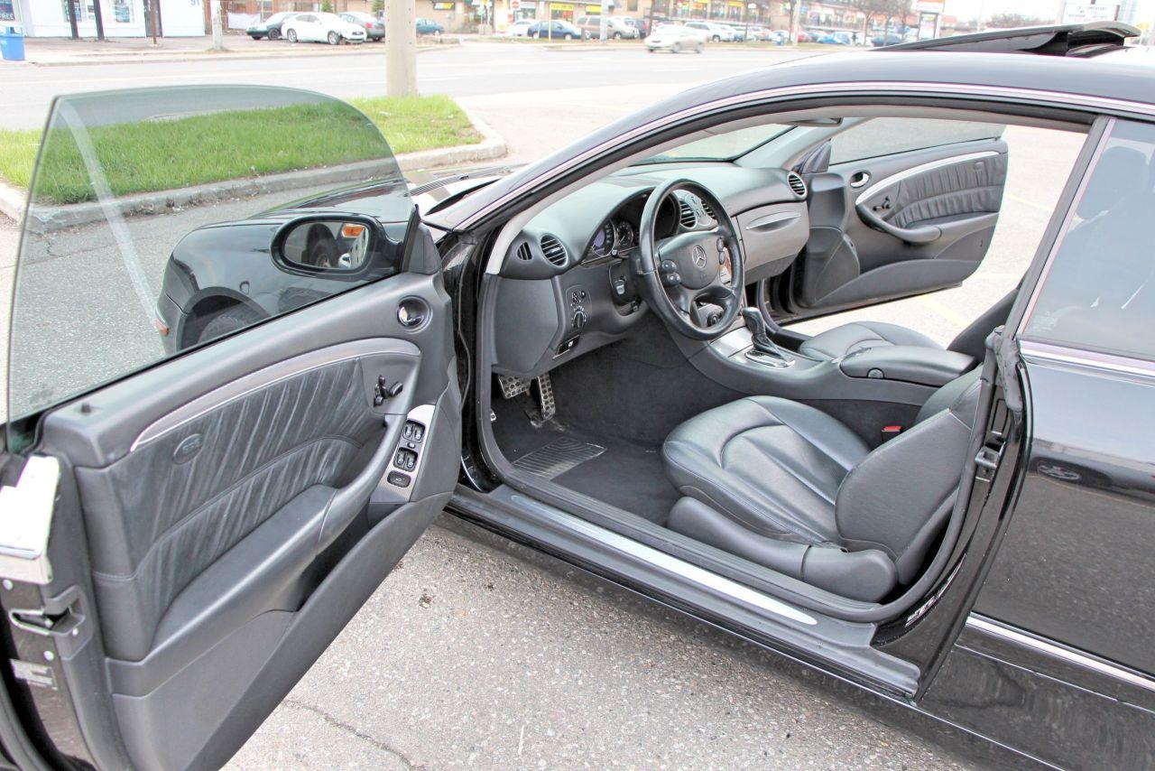 2005 Mercedes-Benz CLK 320