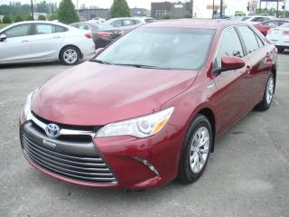Used 2017 Toyota Camry HYBRID LE for sale in Thetford Mines, QC