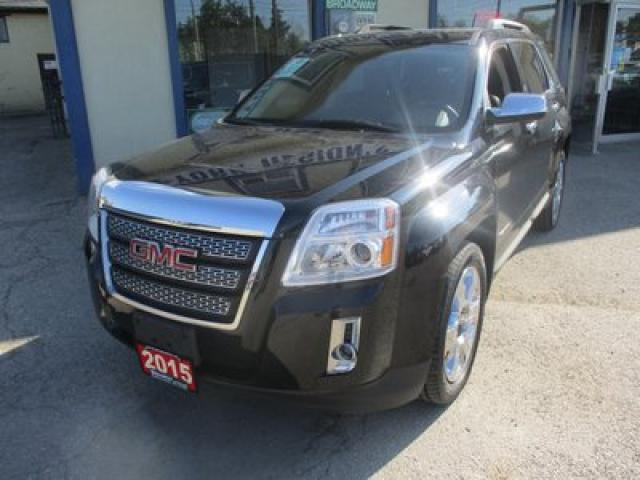 2015 GMC Terrain ALL-WHEEL DRIVE SLT MODEL 5 PASSENGER 3.6L - V6.. NAVIGATION.. LEATHER.. HEATED SEATS.. POWER SUNROOF.. PIONEER AUDIO..