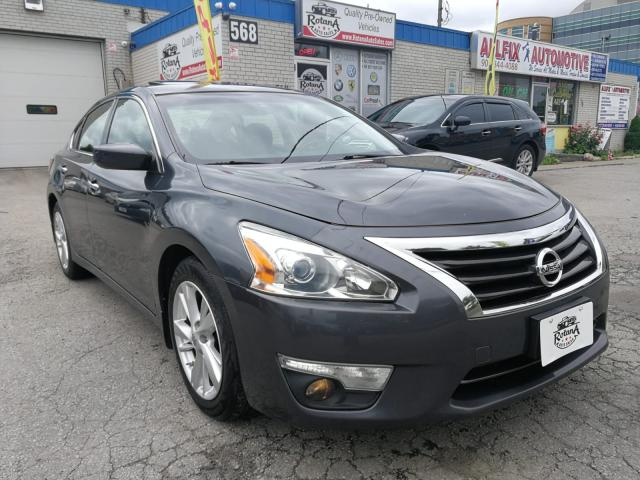 2013 Nissan Altima Accident Free | Sunroof | Backup Cam | Warranty