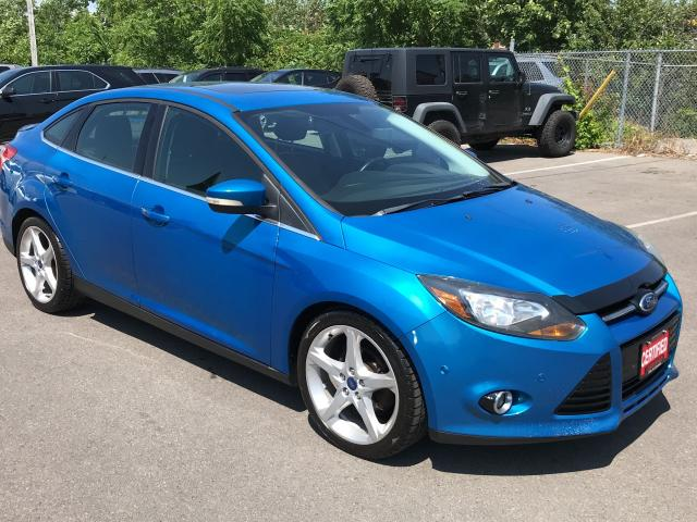 2012 Ford Focus TITANIUM ** BACKUP CAM, HTD LEATH, BLUETOOTH **