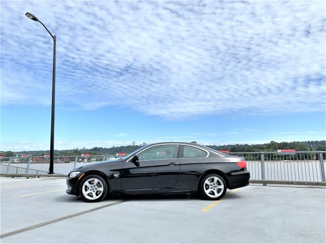 2011 BMW 335xi 300HP AWD Coupe - 1yr warranty