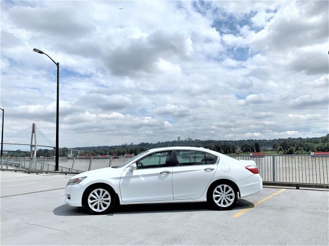 2013 Honda Accord Touring - 4CYL - FULL LOAD - NEW TIRES