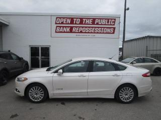 Used 2015 Ford Fusion Hybrid SE for sale in Toronto, ON