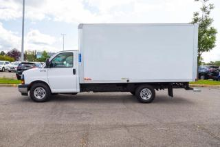 Used 2018 GMC Savana 3500 CUBE 14PIEDS  6 LITRES for sale in Beauport, QC