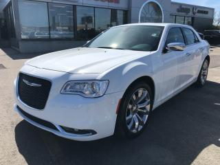 Used 2018 Chrysler 300 Limited w/Leather Cooled Seats, Navi, Pano Sunroof for sale in Hamilton, ON