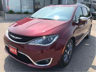Used 2017 Chrysler Pacifica Limited w/Sunroof, Safety Tech, Navi, Leather for sale in Hamilton, ON