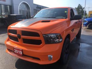 Used 2019 RAM 1500 Classic Express Crew 4x4 V8 Ignition Orange Edition for sale in Hamilton, ON