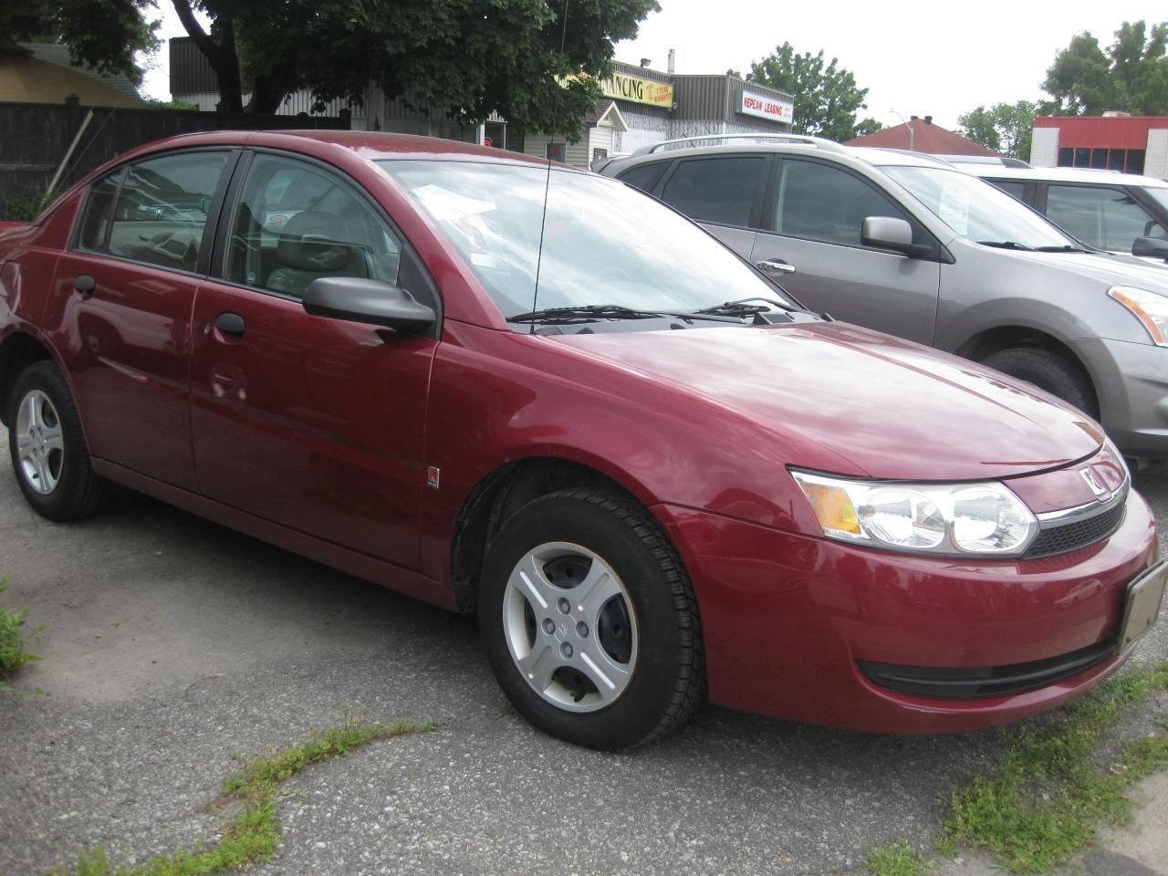 2004 Saturn Ion Base Auto FWD 4 cylinder 5 Pass low km for the yea
