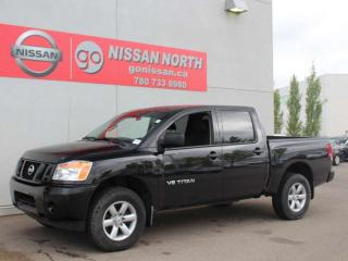 Used 2014 Nissan Titan S Crew Cab / 4X4 / V8 / POWER SLIDING REAR WINDOW for sale in Edmonton, AB