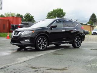 Used 2017 Nissan Rogue SL AWD + PLATINE + TOIT + NAV + BOSE + C for sale in Magog, QC