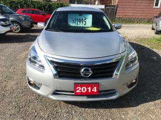 Used 2014 Nissan Altima 2.5 SV for sale in Hamilton, ON