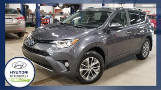 Used 2017 Toyota RAV4 Hybride Bas Km, XLE 4 portes, Cuir, Mags, for sale in Val-David, QC