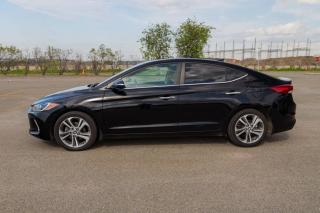 Used 2017 Hyundai Elantra Limited * Cuir * Gps * Toit ouvrant * for sale in Ste-Foy, QC