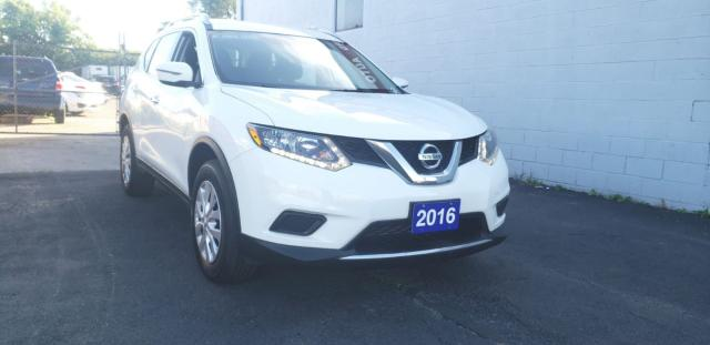 2016 Nissan Rogue S AUTO LOADED ACCIDENT FREE CLEAN CAR FAX