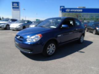 Used 2011 Hyundai Accent Hayon 3 portes, boîte manuelle, L for sale in Joliette, QC