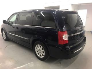 Used 2015 Chrysler Town & Country TOURING for sale in Saskatoon, SK