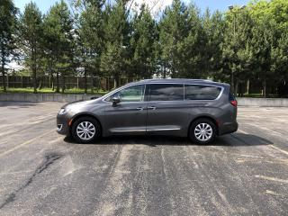 Used 2018 Chrysler Pacifica TOURING-L Plus FWD for sale in Cayuga, ON
