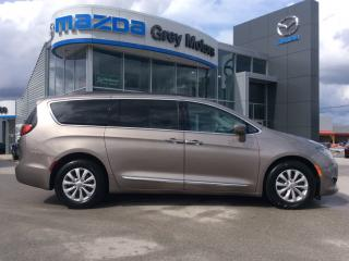 Used 2017 Chrysler Pacifica Touring-L- for sale in Owen Sound, ON